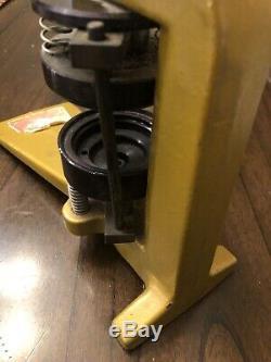 Badge A Matic Button Press Machine Maker Yellow