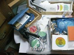 Badge-A-Minit Button Maker Bundle X2 Bench press and hand press