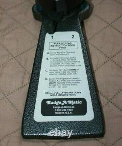 Button Maker Badge-A-Matic MACHINE BADGE-A-MINIT 2-1/4