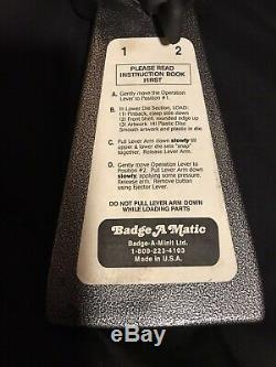 PREOWNED 2-1/4 Button Maker Badge-A-Matic MACHINE 1700 BADGE-A-MINIT