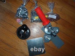 Tecre 100 1 Pin Badge Button Maker Machine, Circle Cutter, Supplies 500 Pins