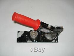 1 Tecre Craft Tool Pin Badge Bouton Rond Presse Presse Maker Machine