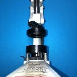 Badge A Matic 2 1/4 Bouton Maker Presse Outil Presse Uniquement