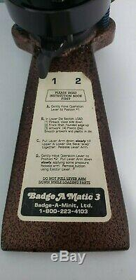 Badge A Matic 3 III Minit Minute 3 Le Fabricant De Boutons De Badges Fonctionne Très Bien