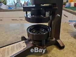 Badge Bouton Minit Matic 3 III Maker Machine Tool + Accessoires
