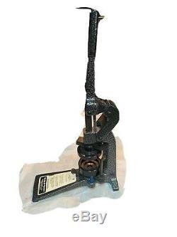 Badge Complète A Matic Minute 2 1/4 Bouton Maker Sur