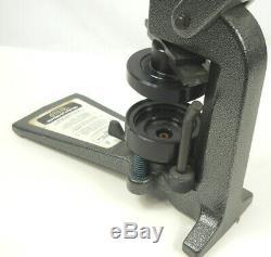 Badge-a-matic 2 1/4 2,25 Button / Badge Maker / Press Machineexcellent État