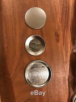 Badge-a-matic 2 Bouton Maker Automatique Et Cut-a-circle Badge Un Minit Avec Des Badges