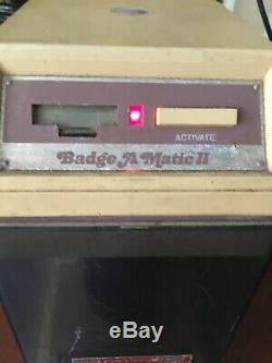 Badge-a-matic II 2 1/4 Bouton D'insigne De Coupe Bouton Maker Puissance Testée Active