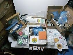 Badge-a-minit Bouton Maker Presse Bundle X2 Banc Et Presse À Main