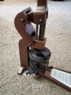 Bouton Maker Badge-a-matic Machine Badge-a-3 Minit