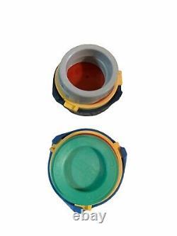 Couper Un Insigne De Cercle II Une Machine À Miniature 2800 Avec Boutonneur Et Boutons