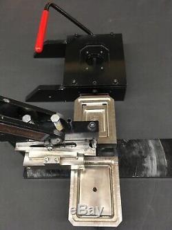 Fabricant De Boutons Rectangulaire Tecre 2030 Et Cutter.