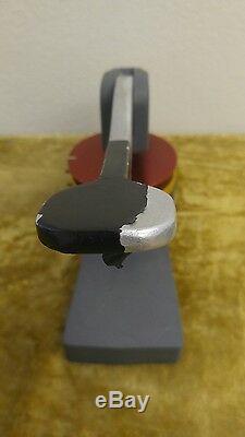 Machine Ronde De Fabricant D'insigne 3 Pour Faire Des Boutons De Pin D'insigne De Bricolage Avec Des Extras Indiqués